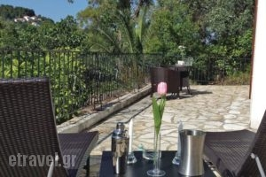 Holiday Home Louisa_accommodation_in_Hotel_Sporades Islands_Skiathos_Troulos