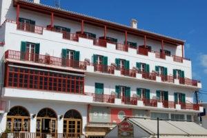 Faros_travel_packages_in_Piraeus Islands - Trizonia_Spetses_Spetses Chora