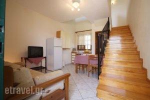 Lakonia Bay_accommodation_in_Apartment_Peloponesse_Lakonia_Archaggelos
