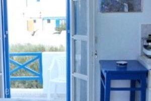 Katerina Yalos_best deals_Hotel_Cyclades Islands_Ios_Ios Chora