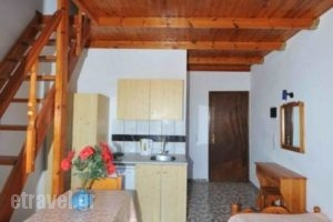 Sweet Heart Studio_best prices_in_Apartment_Cyclades Islands_Sandorini_kamari