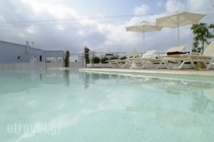 Favie Suzanne_best prices_in_Hotel_Cyclades Islands_Tinos_Tinos Chora