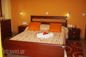 Eleftheria's Studios_accommodation_in_Room_Piraeus Islands - Trizonia_Trizonia_Trizonia Rest Areas