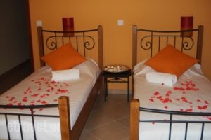 Eleftheria's Studios_holidays_in_Room_Piraeus Islands - Trizonia_Trizonia_Trizonia Rest Areas